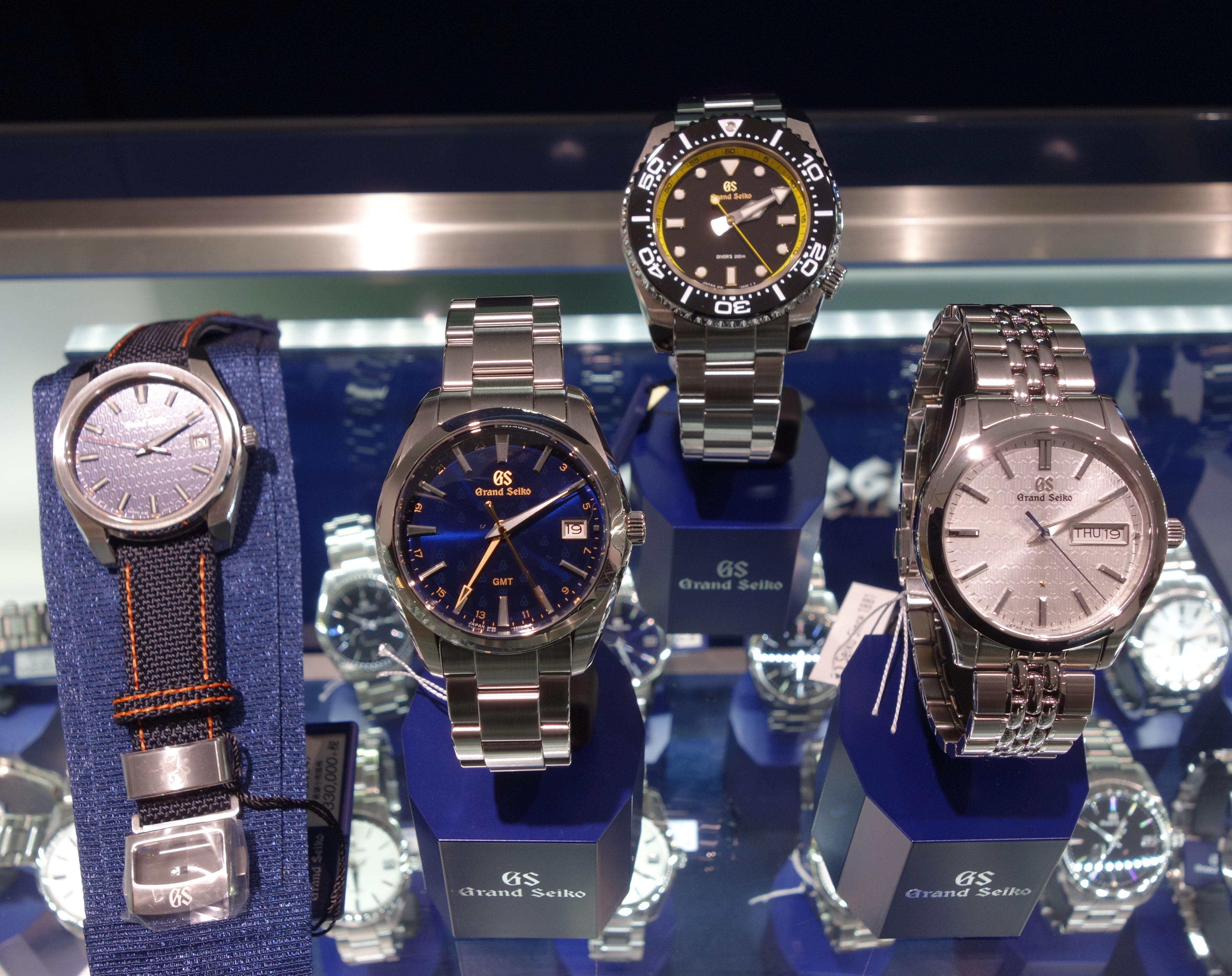 腕時計のNEEL横浜ランドマークタワー店